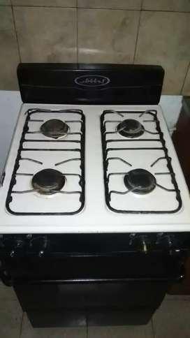 Se vende estufa 4 hornillas