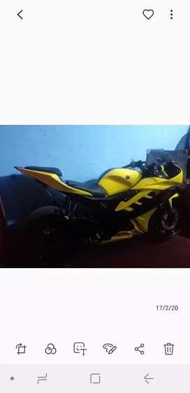 moto lineal yamaha R15