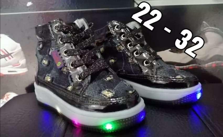 Botas de luz 0