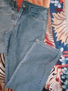 Jeans 42 y 44 scasso oggy