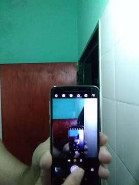 Vendo o permuto Motorola Moto one libre para