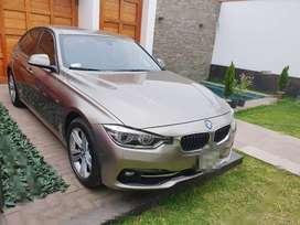 VENTA DE UNA BMW 318i COLOR PLATA PLATINIUM METALIZADO