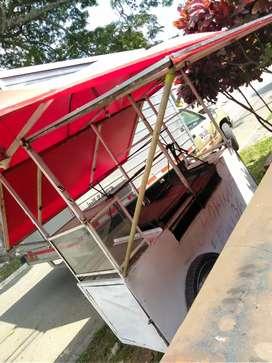Vendo asador con techo en muy buenas condiciones