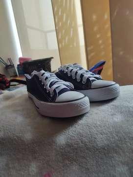 Vendo zapatos marca yuanbu talla 37