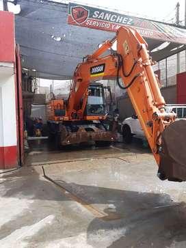 Excavadora neumatica Doosan DX210 W