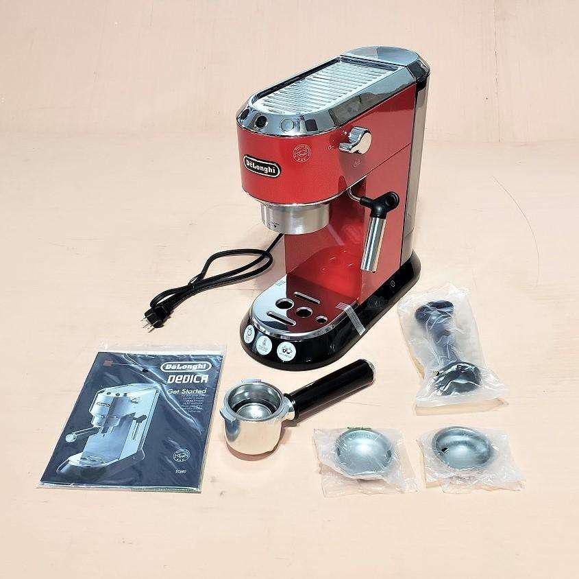 Maquina De Cafe Y Capuchinera Delonghi Dedica Ec 680R 0
