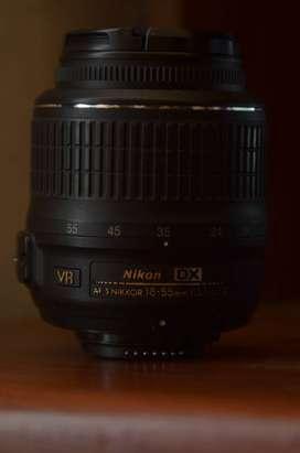 Objetivo - Lente Profesional Nikon, AF-S DX NIKKOR 18-55mm f/3.5-5.6G VR