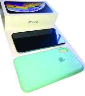 iPhone XS 64gb 10/10