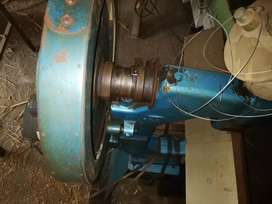 Máquina cosedora con alambre