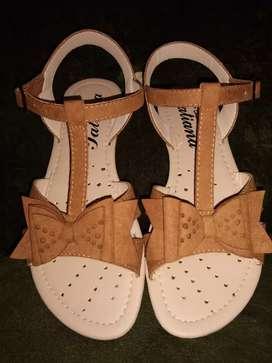 Sandalias  totalmente nuevas