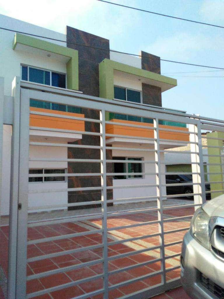 Vendo Hermosa Casa Conjunto Pto Colombia 0