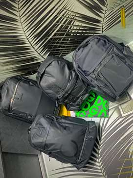 Morrales maletas CK Calvin Klein Hipermeable Finas