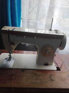 Maquina  de coser sinGer ma