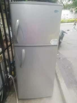 Nevera centrales no frost 304 litros con garantía