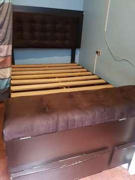 Remató  linda cama de 2plazas s/270soles