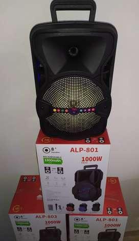 Parlante bafle potenciado 8 pulgadas mic karaoke y control