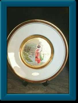 Plato Decorativo con Detalles Oro 24kt