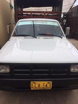 Vendo mazda B2200 1993