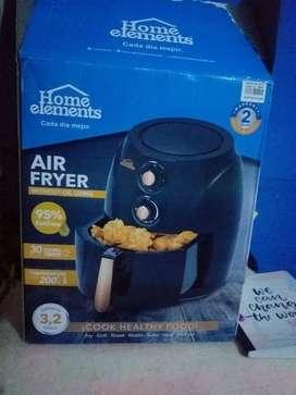 Freidora de aire de 3.2 litros marca home elements