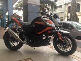 MOTO FACTORYBIKE 370 BICILINDRICA Y RADIADOR