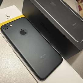 Vendo iPhone 7 de 128GB Black