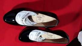 vendo cambio fino  calzado para dama tacón alto # 8
