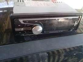 Vendo stereo con usb y respectivos cables