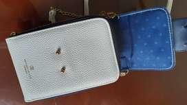 Bolso cartera pequeño de mano