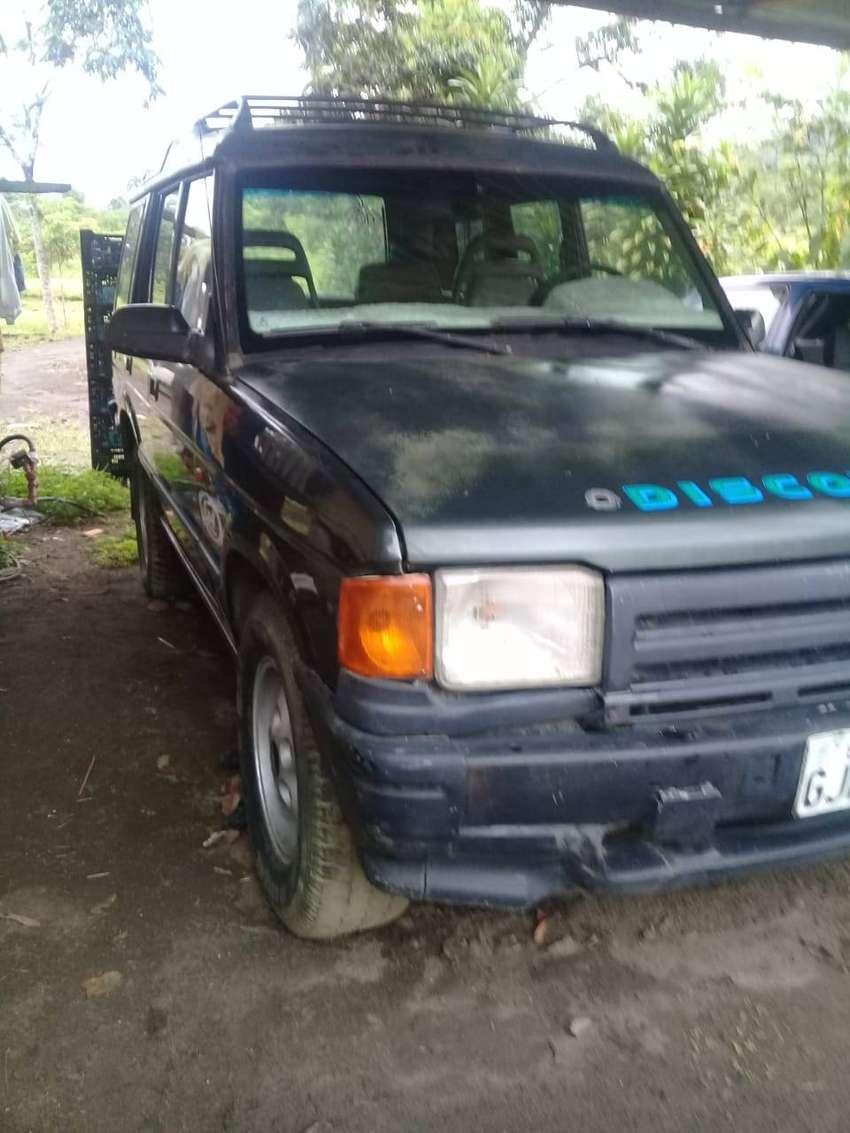Se vende Land Rover todo terreno 0