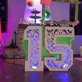 sonido luces y meseros | decoraciones de 15 | sonido luces y dj para 15años | cumpleaños | reuniones | cumpleaños |