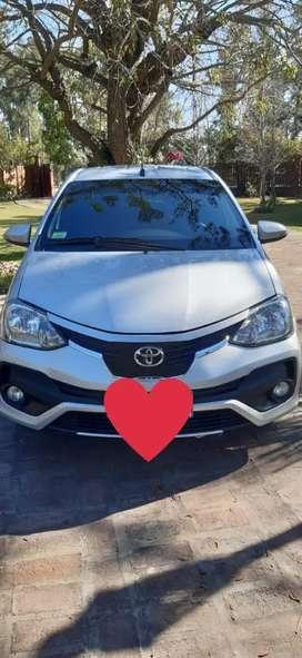 Toyota Etios Platinum Automático  en excelente estado!