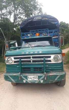 Camioneta trasporte de alimentos u objetos
