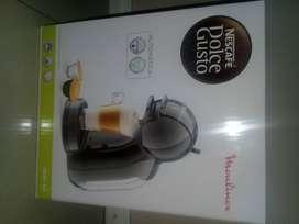 Vendo Cafetera Eléctrica Dolce Gusto Nescafe. Sin uso con caja y plásticos originales