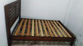 Cama doble de madera (jamar)