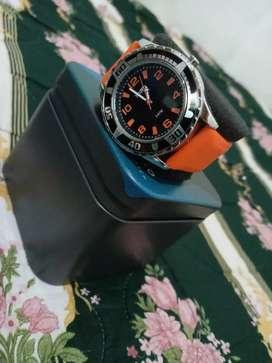 Se vende reloj Marca totto original.