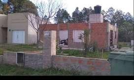 Vendo o permuto terreno con casa en construcción (permuta x casa zona paracao y Av de las Américas)