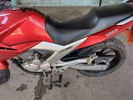 Se vende Yamaha ys 250 fazer $430.000