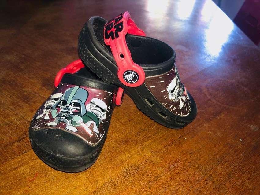 Crocs 0
