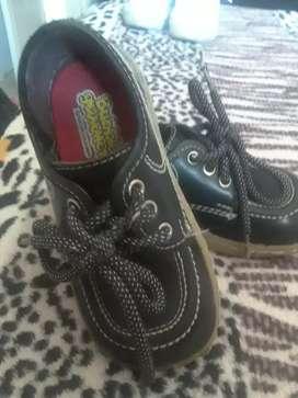 calzado colegial infantil