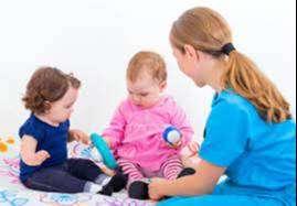 Disponible para cuido de niños, niñas y adultos mayores