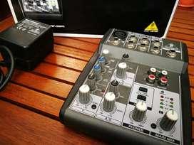 Como Nuevo Mixer Behringer 502 Consola Mezclador Xenyx