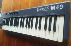 TECLADO CONTROLADOR MIDI BADAAX MP49