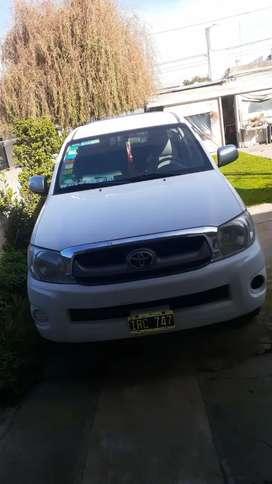 Vendo toyota hylux 2010 (94.500km) 4x2 cabina doble dx pack 2.5 td como nueva !!!