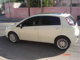 VENDO fiat punto 1.6 impecable!!!con techo full full 2014 BRAZILERO