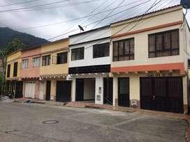 Casa en venta 6 pisos Ancon Montezuma