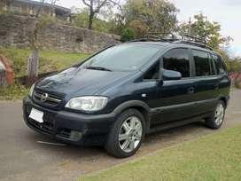 Chevrolet Zafira GLS 2010 (7 pasajeros)