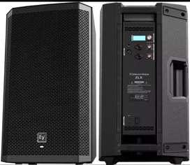 Vendo o cambio a bajo activo cabina electro voice zlx 12p como nueva en caja  y con manuales