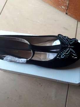 Vendo zapatos nuevos números 33