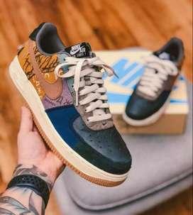 Zapatos Nike travis