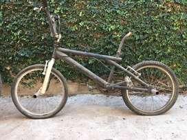 Se Vende Bici Haro Rod 20 por mudanza